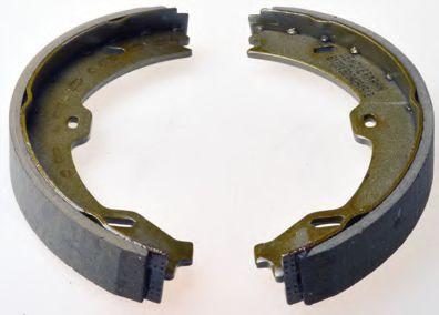 Гальмівні колодки барабанні зад. MB CLS (C219), E (W211, S211), SL (R230) 3.0-6.0 10.01-11.11 DENCKERMANN B120130