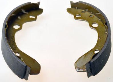 Тормозные колодки барабанные Комплект тормозных колодок DENCKERMANN арт. B120126