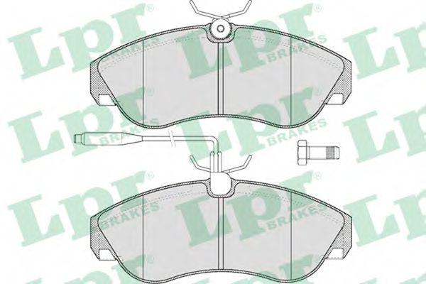 SF2702 Тормозные колодки  арт. 05P494