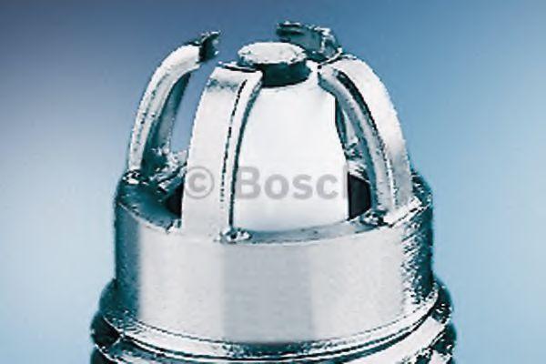 Свеча зажигания FGR6HQE0 NICKEL (VAG) (пр-во Bosch)                                                  DENSO арт. 0242240590