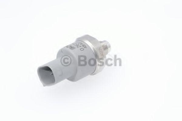 Датчик давления тормозной жидкости Датчик давления BOSCH арт. 0265005307