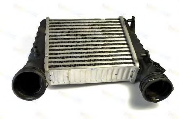 Интеркулер Радиатор охлаждения воздуха THERMOTEC арт. DAW004TT