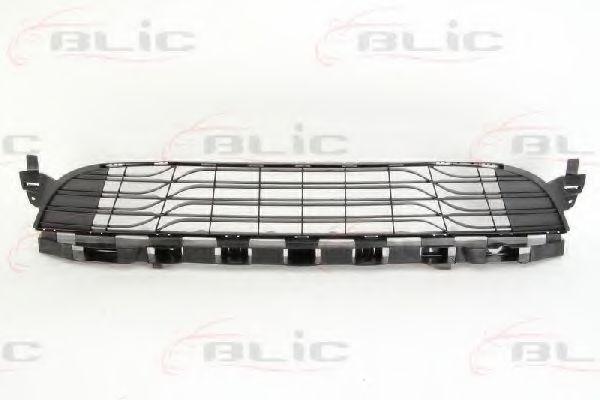 Решітка радіатора Renault Megane 10.08-02.12 BLIC 5510006043993P